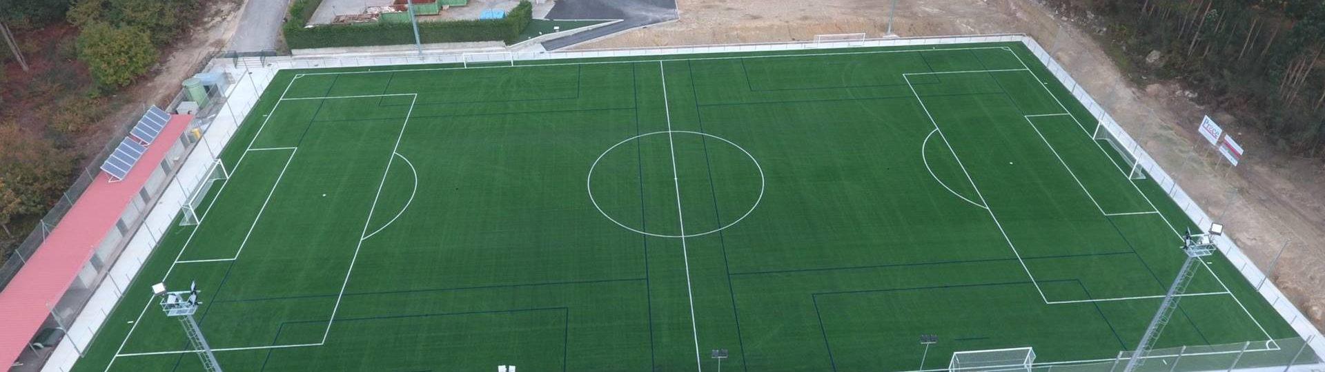 Campo_Futbol_y_urbanizacion_Meano