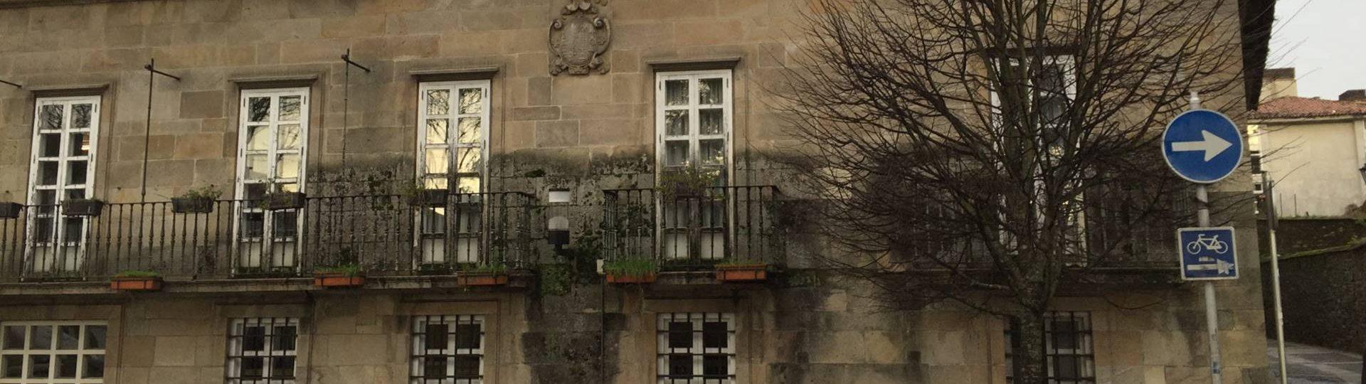 Sustitución de las carpinterías exteriores y vidros de la residencia de mayores de Porta do Camiño